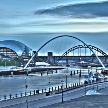 19.-Moving-Tyne-at-Twilight