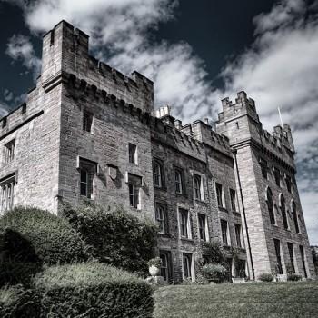 Hunters-castle-B&W