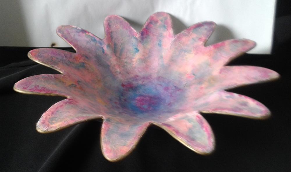 petal-shaped-bowl-same-medium